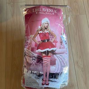 HALLOWEEN COSTUME - Santa / Miss Mistletoe